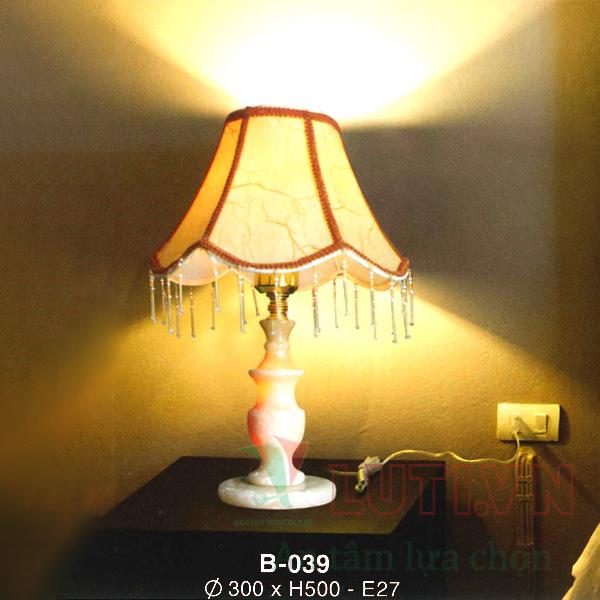 Đèn bàn phòng ngủ B-039